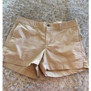 NWT Old Navy Khaki Shorts Size 12